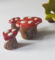 Fairy / Doll's House Toadstool Table & Stool Chairs