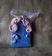 Large Ceramic Swirly Fairy Door
